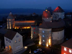 View of Hohenberg Castle at night