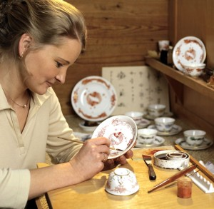 Porcelain painter