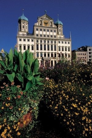 Augsburg, Town Hall with flowers