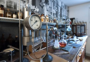 How a laboratory might have looked at the turn of the last century
