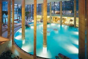 Bad Aachen: indoor pool at Carolus thermal baths
