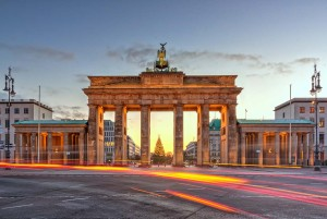 Berlin: Brandenburg Gate at night