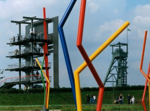 Oberhausen: park, Black Gate, Osterfeld colliery winding tower and sculpture garden