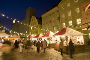 Lucrezia Christmas craft market